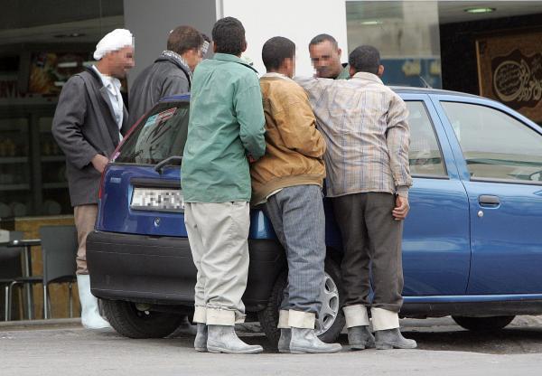 الاردن وزير العمل يقرر امهال العمالة المخالفة المغادرة قبل 10 شباط