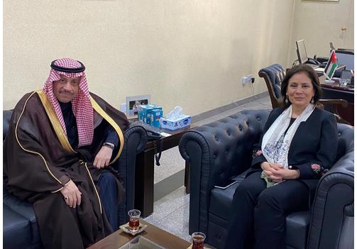 سفير المملكة السعودية لدى الأردن يلتقي وزيرة الطاقة والثروة المعدنية الأردنية