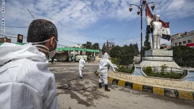 سوريا تمنع التنقل بين المحافظات والمراكز لمنع انتشار فيروس كورونا