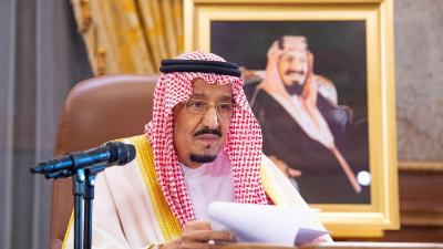 العاهل السعودي يأمر بتعويضات 9 مليارات ريال للمتضررين من تفشي كورونا