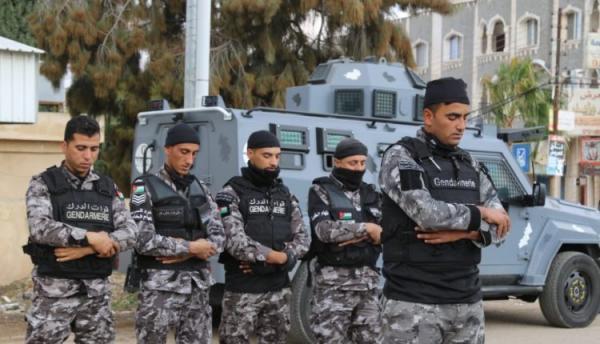 انتشار قوات الدرك في بلدة الصريح- صور